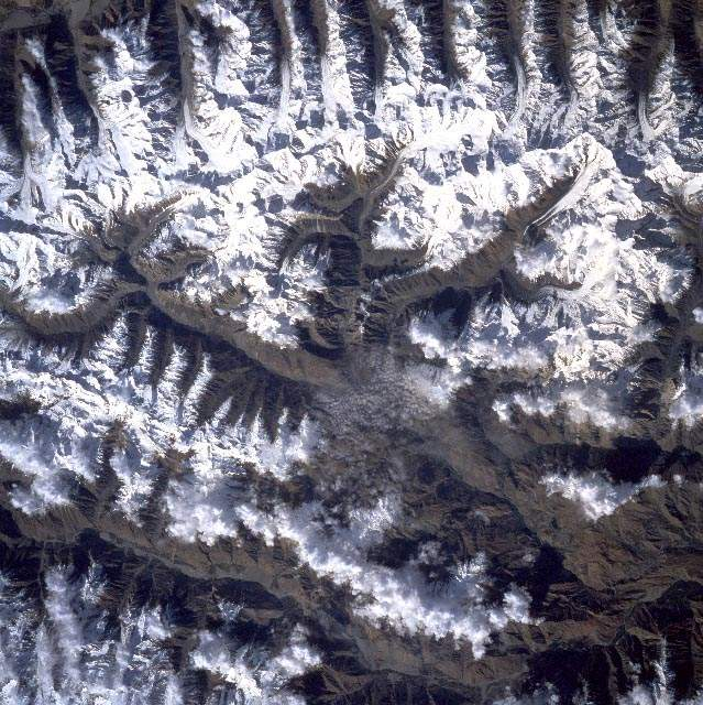 Tirich Mir From Afghanistan (page 3) - Pics about space